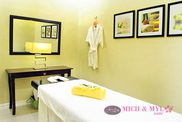 Landmark Trinoma Massage Room
