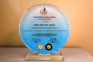 Philippine-Social-Media-Awards-Mich-and-Myl-Nails-2017